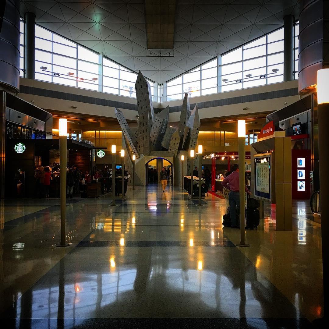 Travel Photo: Dallas Fort Worth International Airport